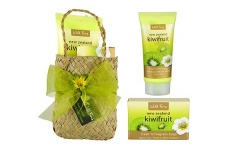 kiwifruit hand and nail cream with soap gift kete